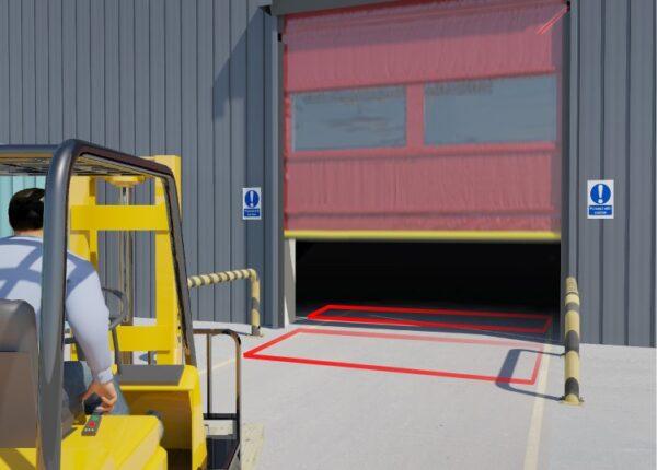 De detectie van een vorkheftruck bij een industriële deur